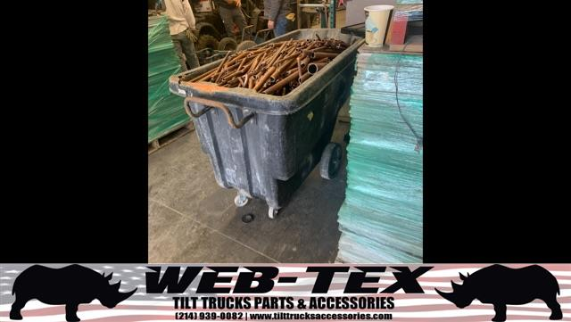 Review image from 1 Yard WebTex Tilt Truck Full A Copper Pipe