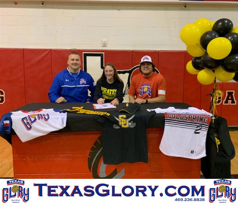 Review image from Coldspring-Oakhurst's Rylee Rudloff signs her Southwestern University NLI.